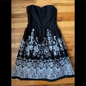 White House Black Market Womens Dress Size 4